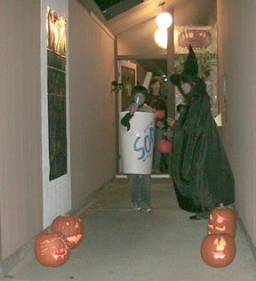 20071031trick_or_treats_5